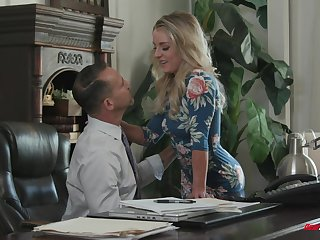 Fit blonde infant Kate Kennedy chokes on a dick with an increment of rides a charge out of prefer a nympho