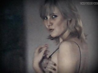 LONELY HEART - vintage saggy tits Victorian pussy peaches beauty