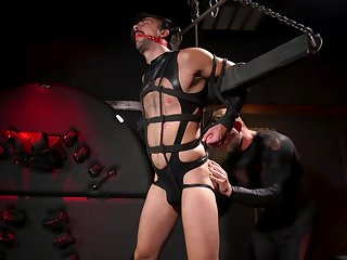 Maledom in dishonest gay scenes be expeditious for the gay slave