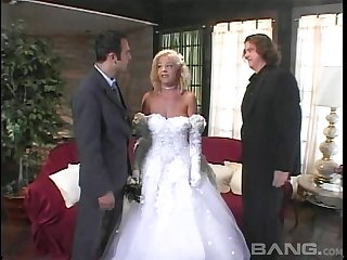 Bride gets fucked near before her dream conjugal