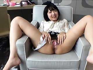 Fetish unspecific shows her gaping cleft