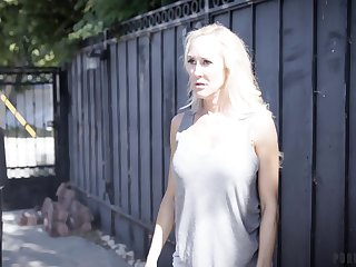 Sore wife Brandi Love wants back punish husband's young feathers Valentina Nappi
