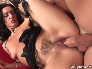 Raunchy Mom With Stockings And Red Heels - Gina Rome