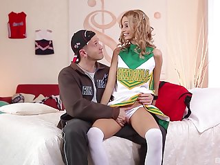 Double in detail threesome all over blonde cheerleader Erica Fontes