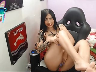 Erotic tatttoed girl webcam performance
