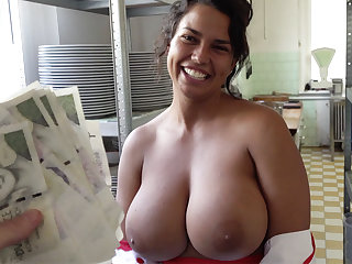 Hot cook in huge bowels stodgy to sex for money